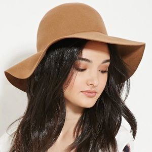 Floppy Brimmed Wool Hat